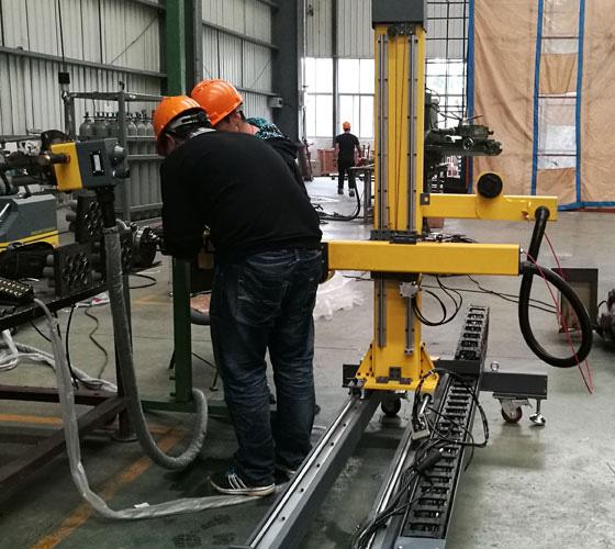 机架式管板焊机
